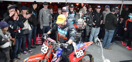 【TLD A1 ドキュメント】Troy Lee Designs Throws Fire At Anaheim 1 Supercross